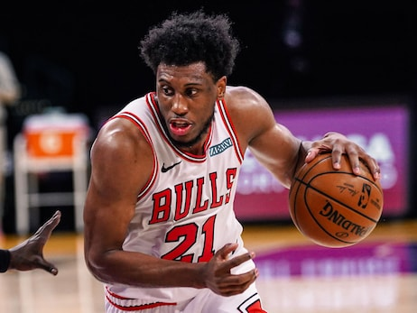 Thad Young proving to be a big key in Bulls' growth