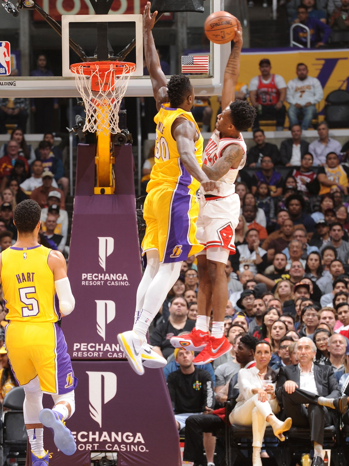 LOS ANGELES, CA - NOVEMBER 21: Antonio Blakeney #9 of the Chicago Bulls dunks against the Los Angeles Lakers on November 21, 2017 at STAPLES Center in Los Angeles, California.