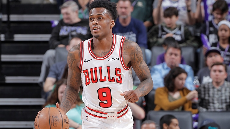 Blakeney appeared in 76 games and averaged 7.5 points, 1.8 rebounds and 0.8assists in 15.0 minutes per game.