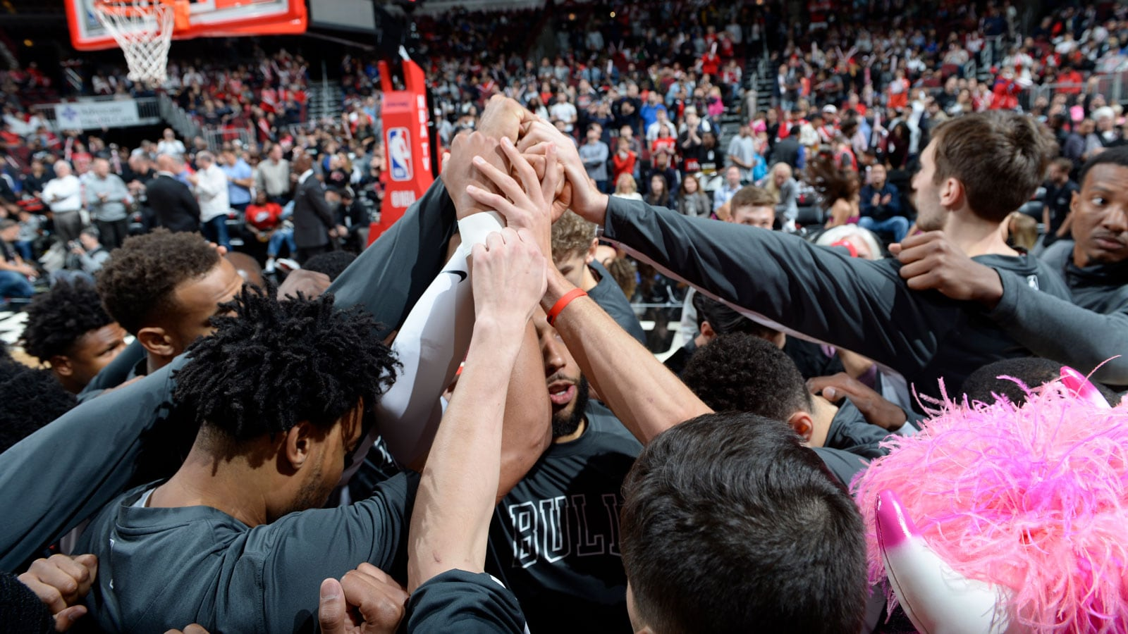 The Chicago Bulls huddle pregame against the Pelicans