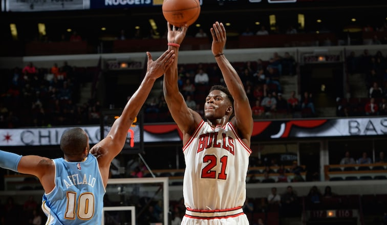 Butler leads Bulls past Nuggets