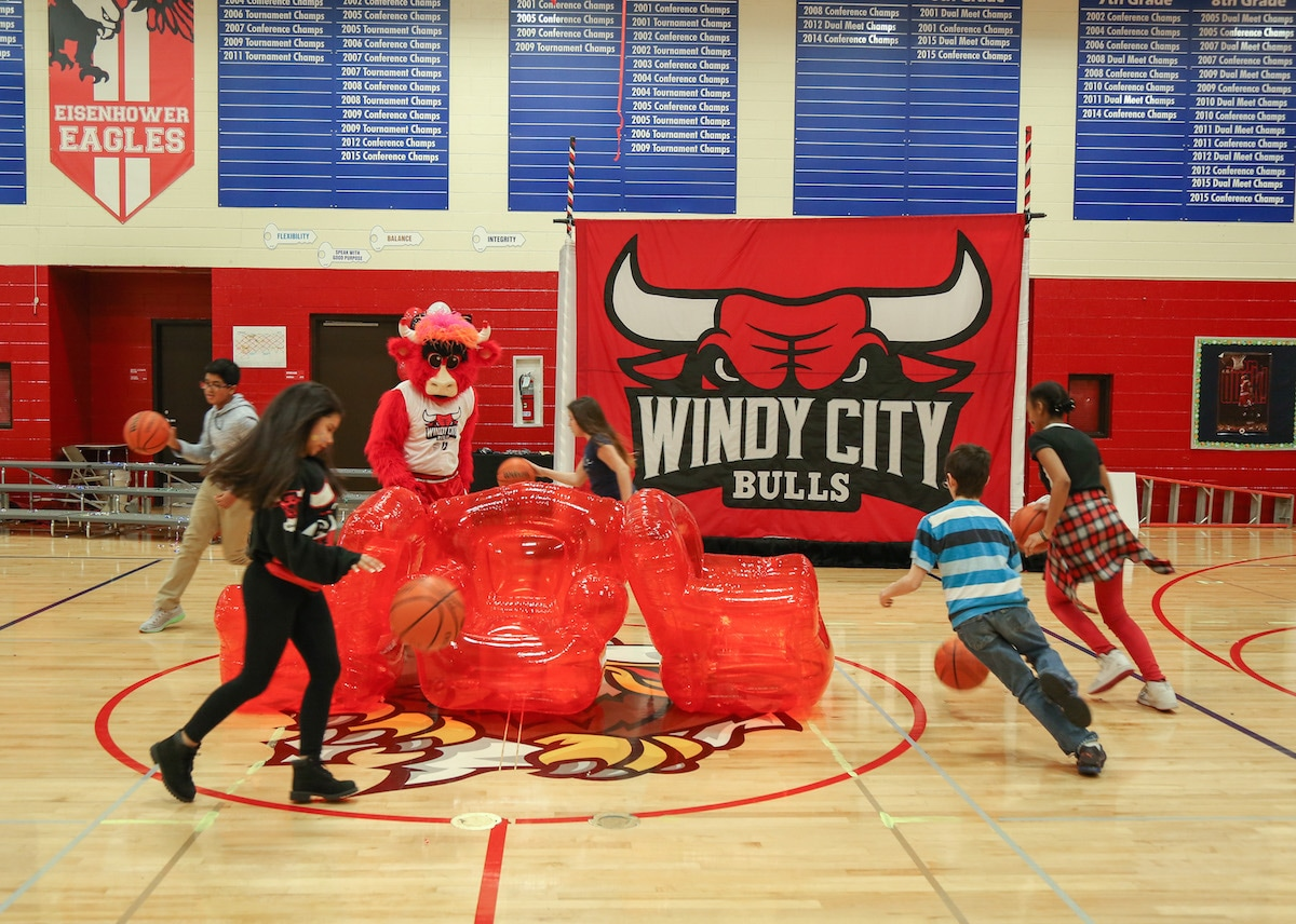 Photo gallery windy city bulls name reveal chicago bulls the chicago bulls visited eisenhower junior high in hoffman estates on february 24 to reveal that voltagebd Gallery