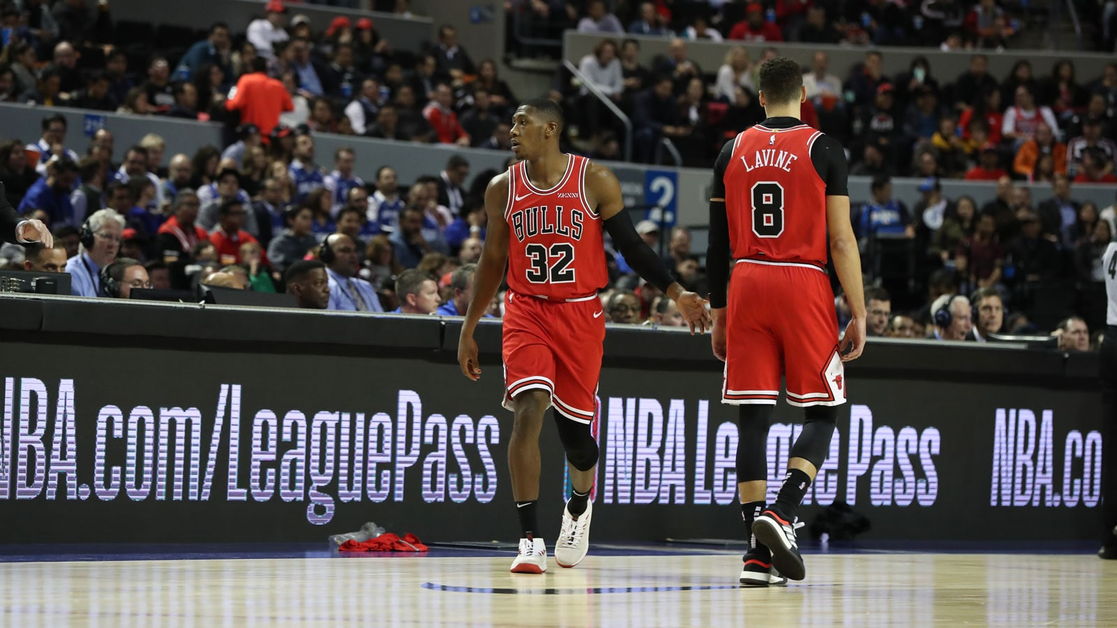 Zach LaVine out for Bulls Kris Dunn to start