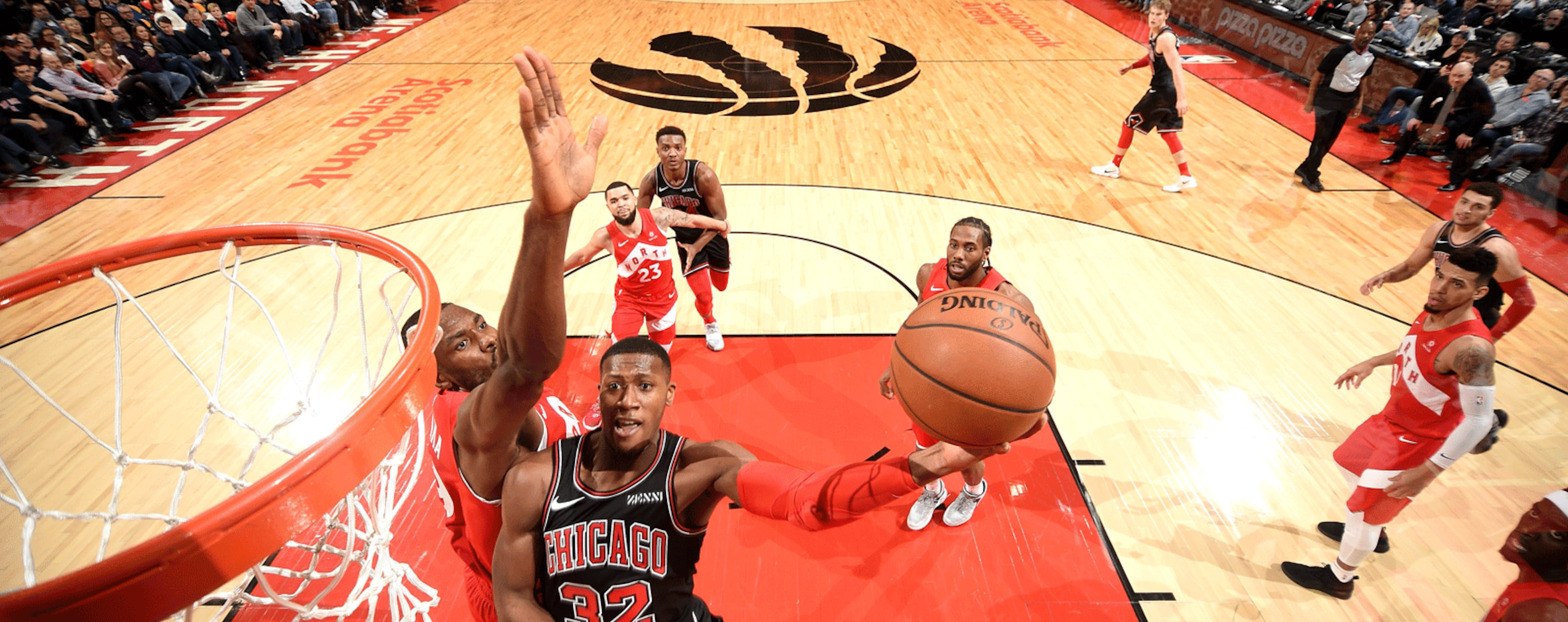 Kris Dunn #32 of the Chicago Bulls shoots the ball against the Toronto Raptors on December 30, 2018 at the Scotiabank Arena in Toronto, Ontario, Canada.