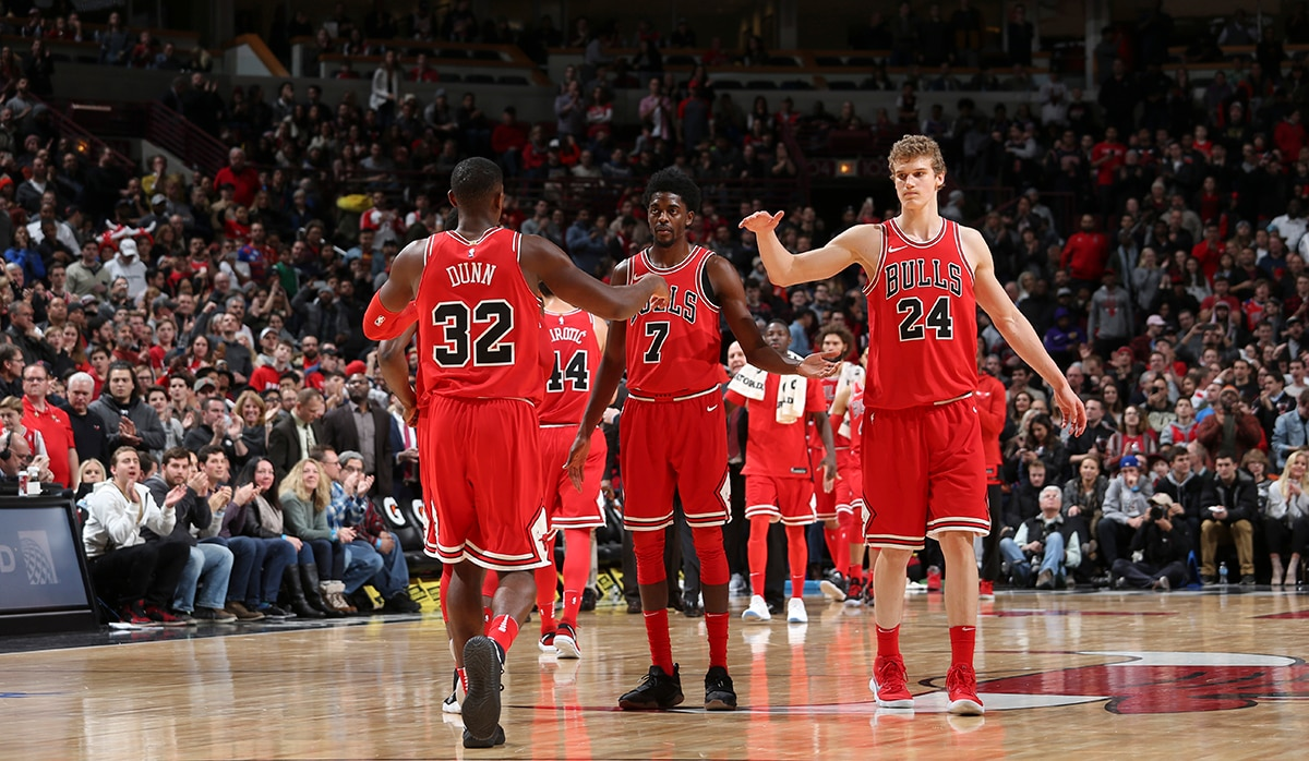 Dunn_and_lauri_high_five