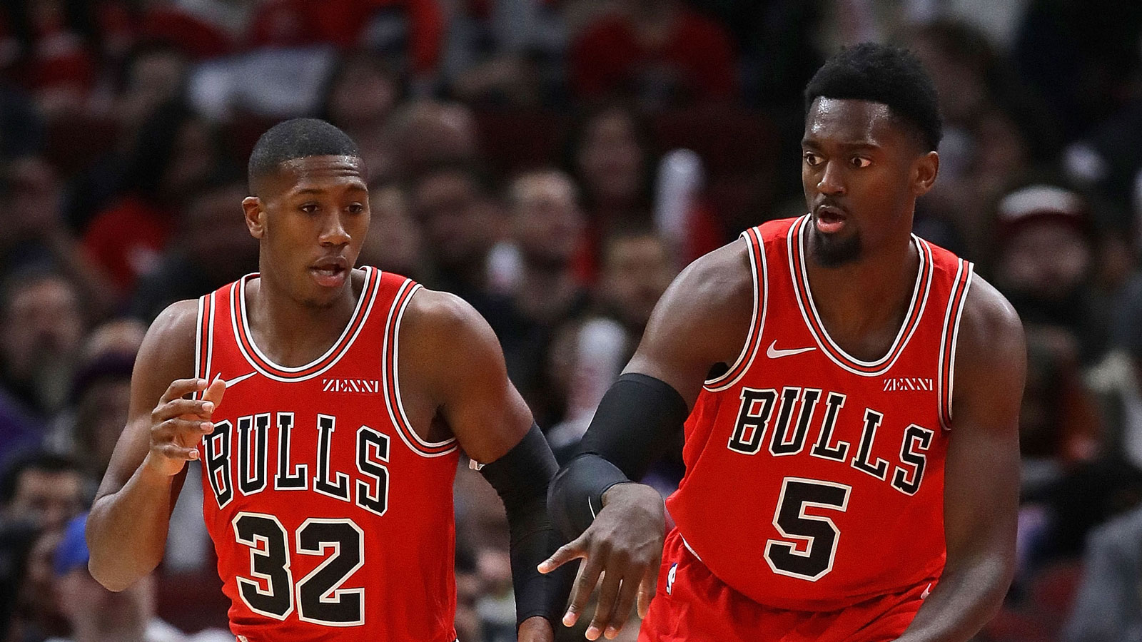Kris Dunn and Bobby Portis return to the court after their injury