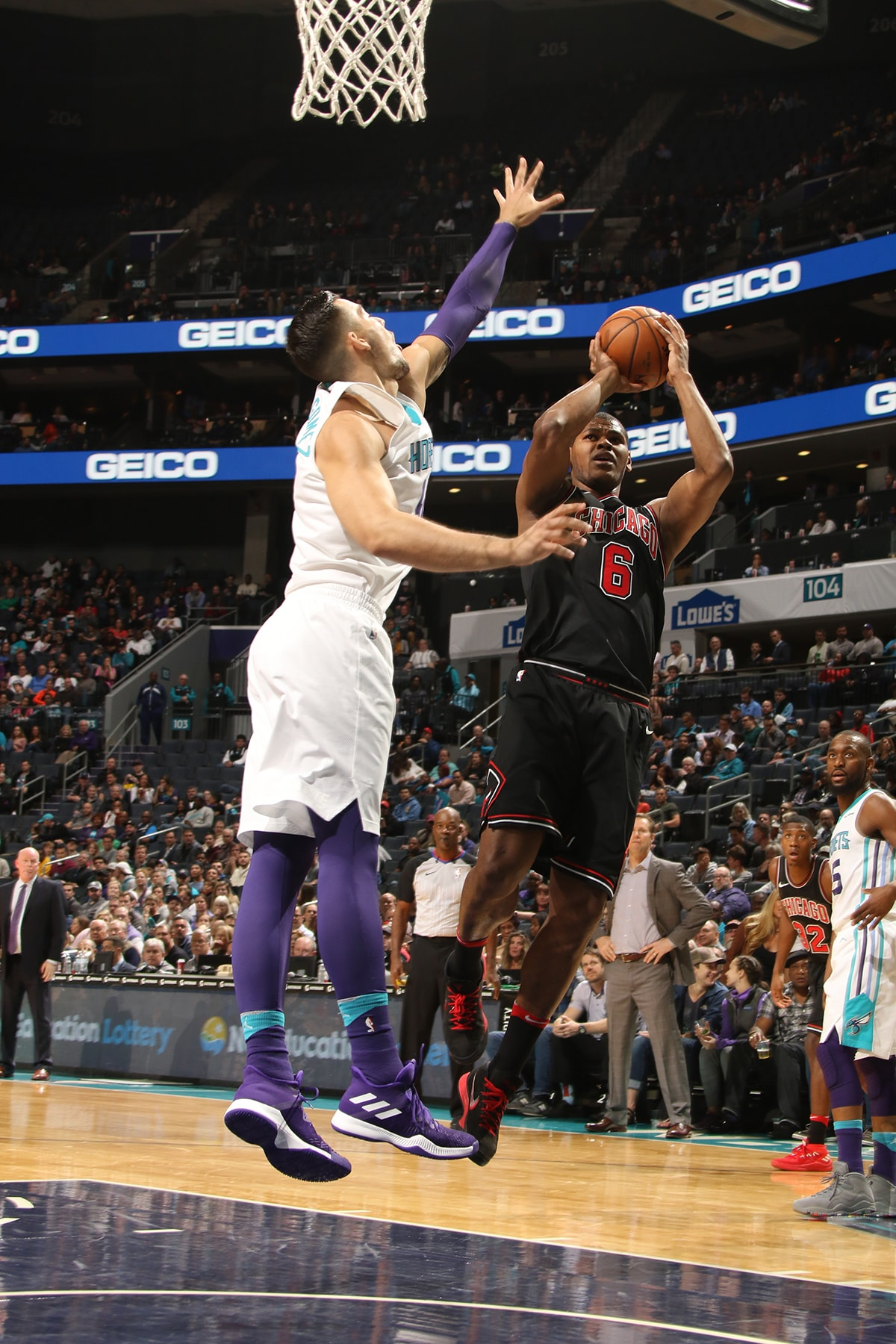 Cristiano Felicio of the Chicago Bulls shoots the ball against the Hornets