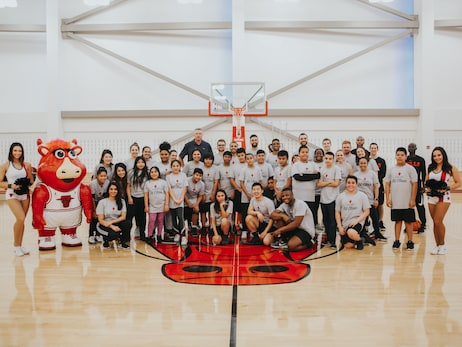 The Bulls and Rush University Host Fitness Clinics for Students