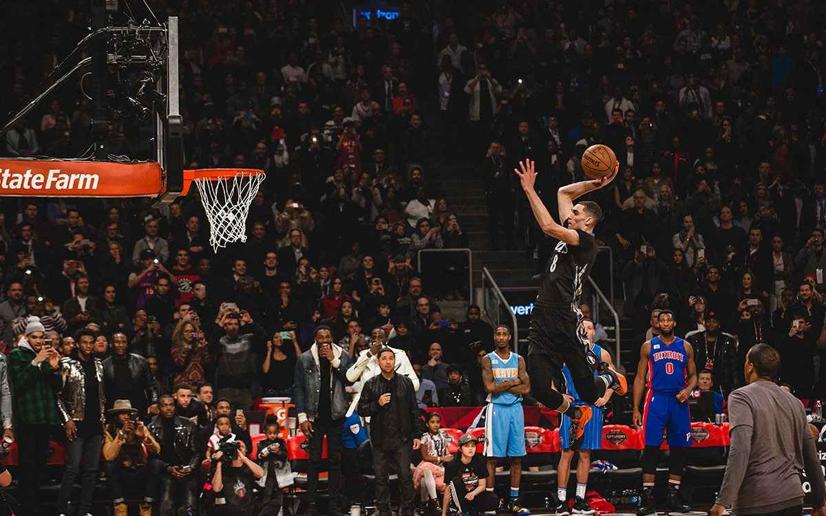 Zach LaVine during the 2016 dunk contest