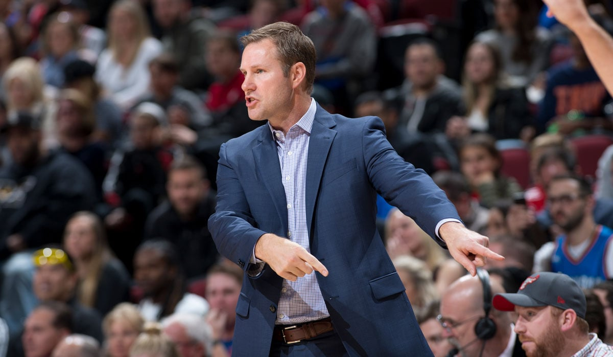 Coach Fred Hoiberg calling a play against the Oklahoma City Thunder October 28, 2017 at the United Center, Chicago, IL.