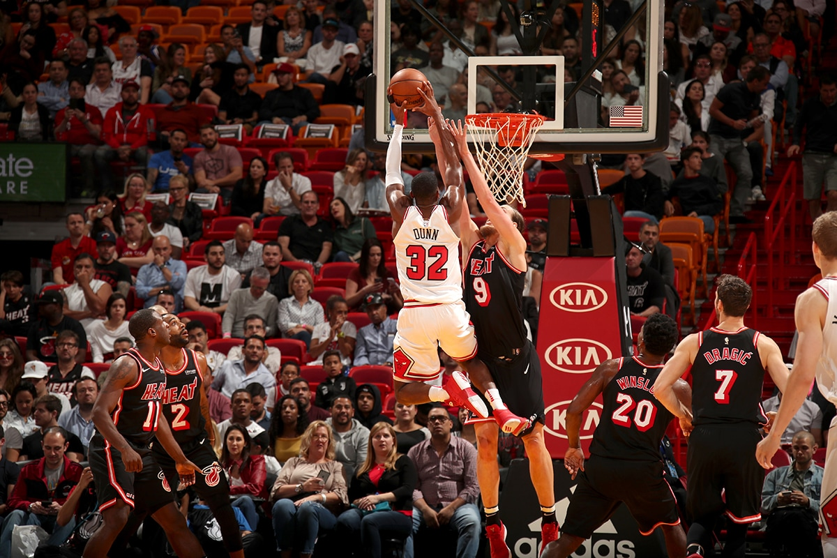 Kris Dunn dunks the ball against the Miami Heat