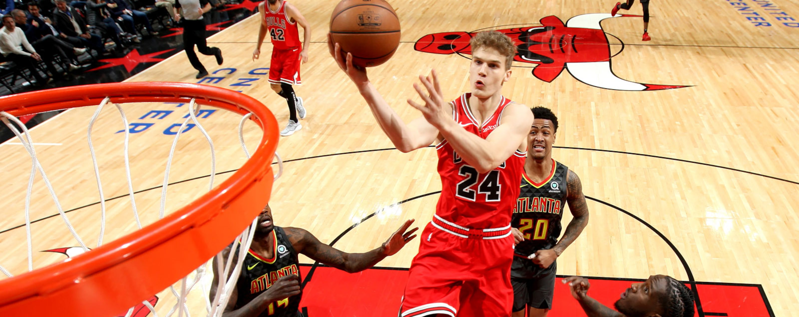 Lauri Markkaen #24 of the Chicago Bulls attempts a layup against the Atlanta Hawks