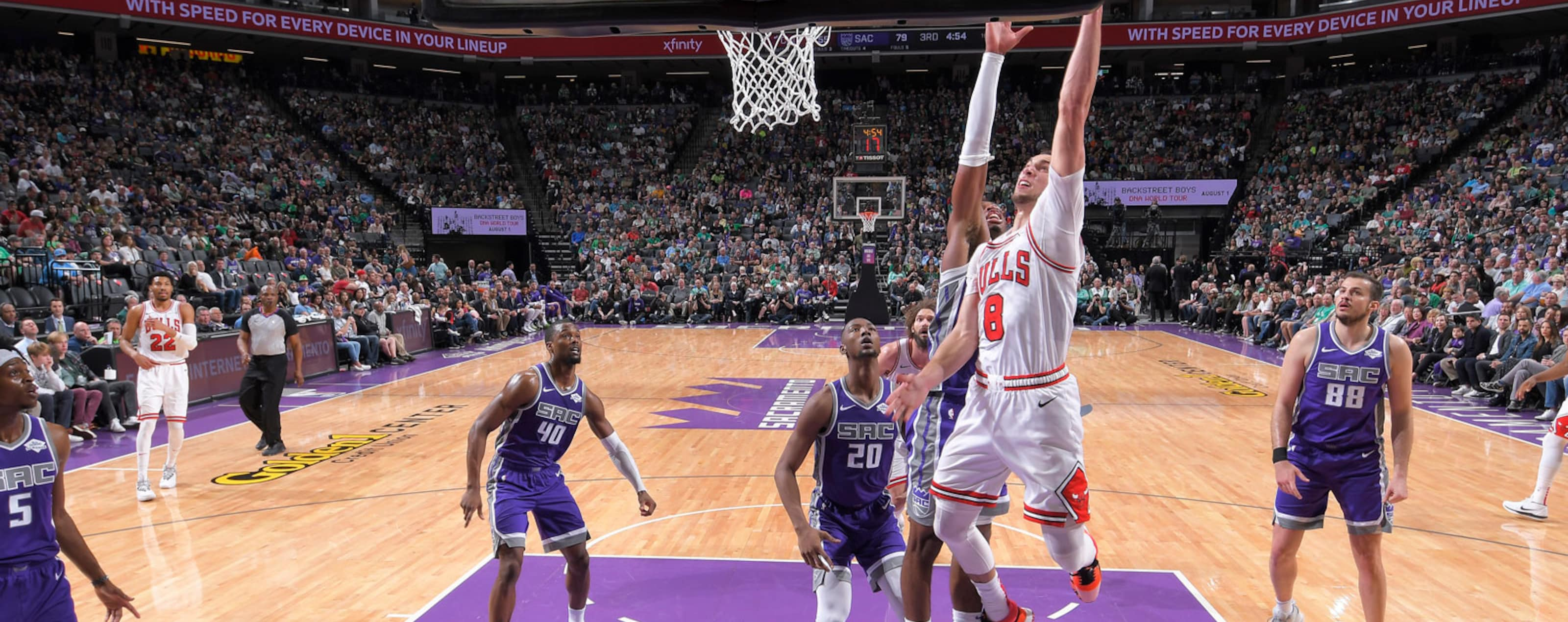 Zach Lavine #8 of the Chicago Bulls shoots a layup against the Sacramento Kings on March 17, 2019 at Golden 1 Center in Sacramento, California.