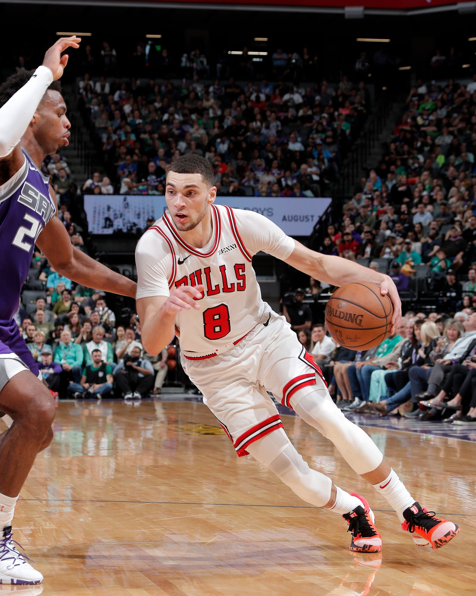 Zach LaVine #8 of the Chicago Bulls drives to the basket against the Sacramento Kings on March 17, 2019 at Golden 1 Center in Sacramento, California.