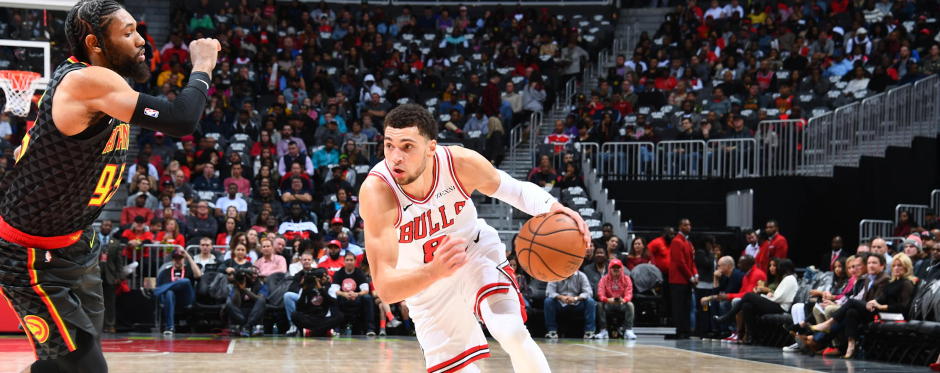 Zach LaVine #8 of the Chicago Bulls dribbles the ball against the Atlanta Hawks.
