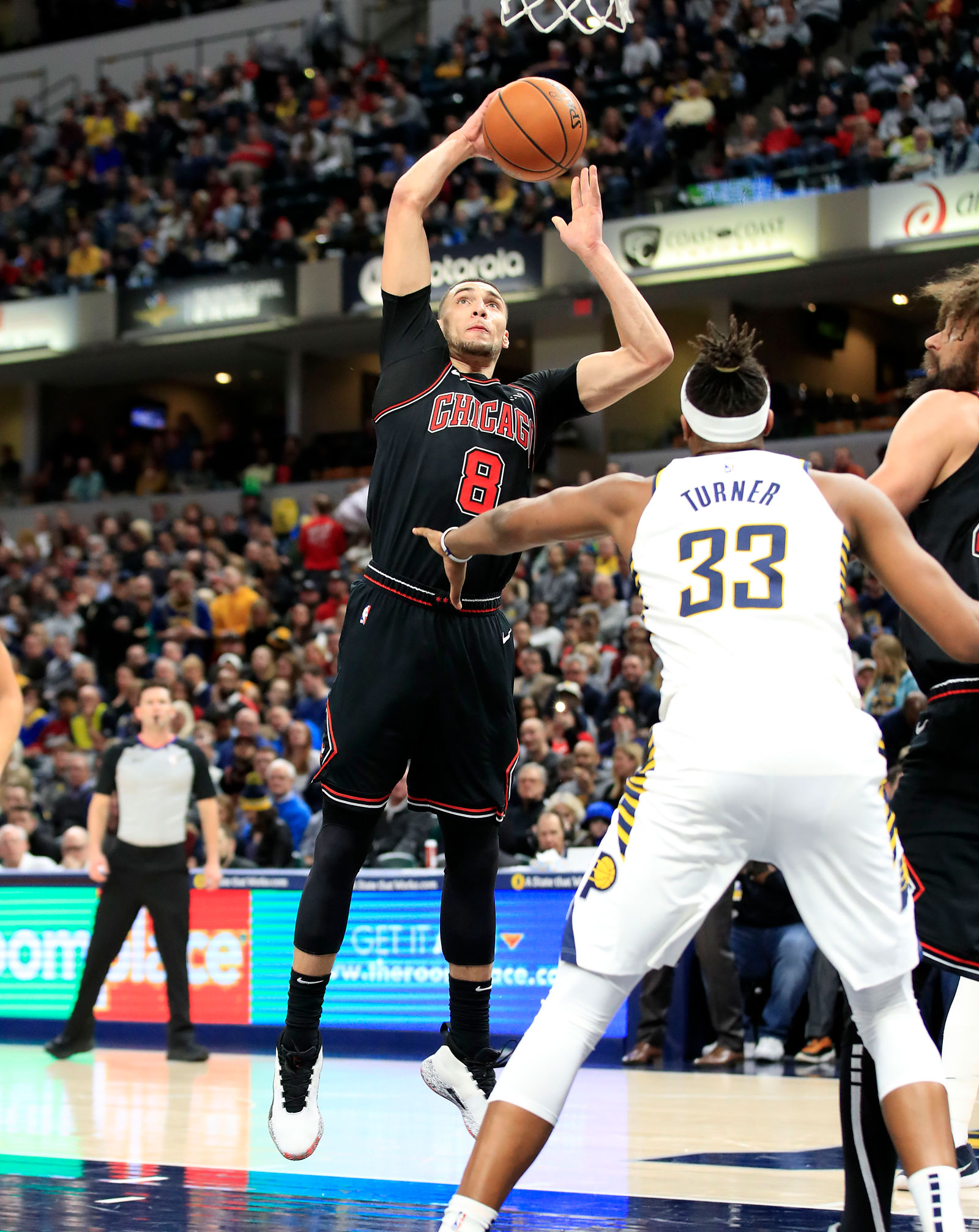 Zach LaVine #8 of the Chicago Bulls shoots the ball against the Indiana Pacers at Bankers Life Fieldhouse on March 05, 2019 in Indianapolis, Indiana.
