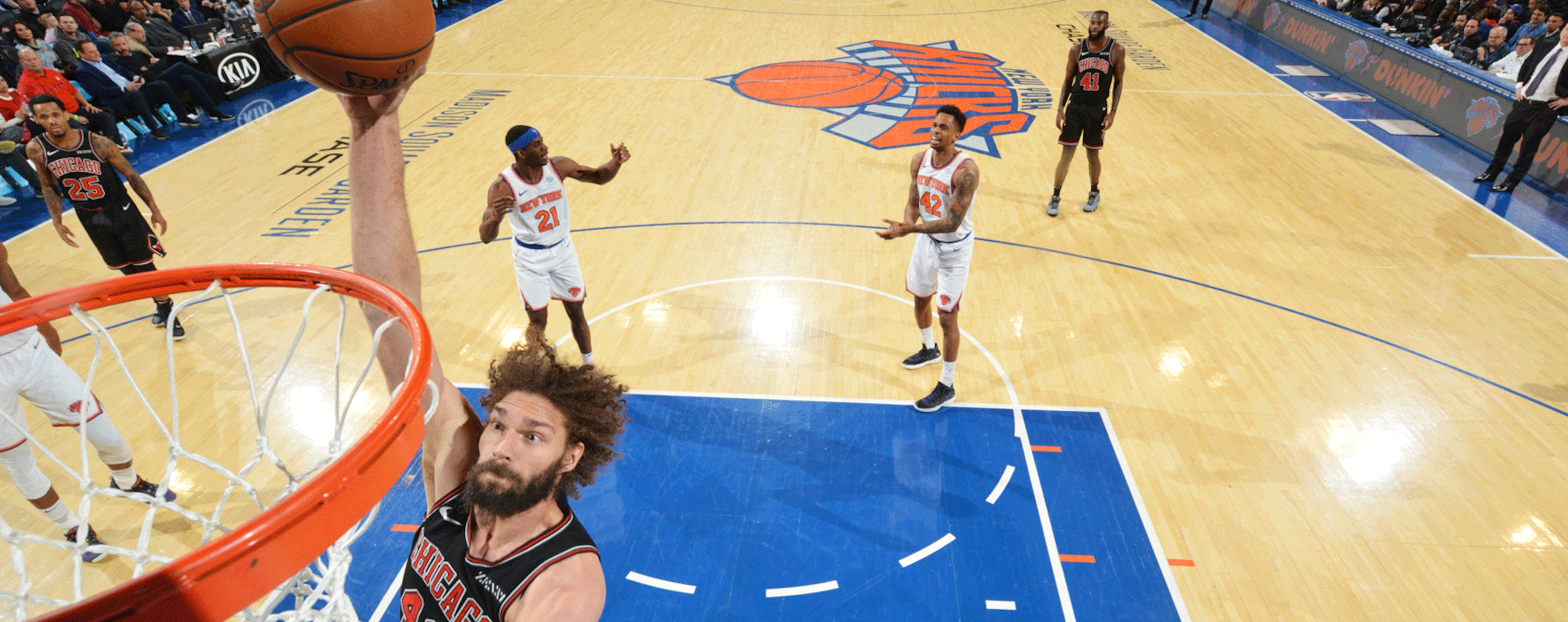 Robin Lopez dunks the ball in a game against the New York Knicks