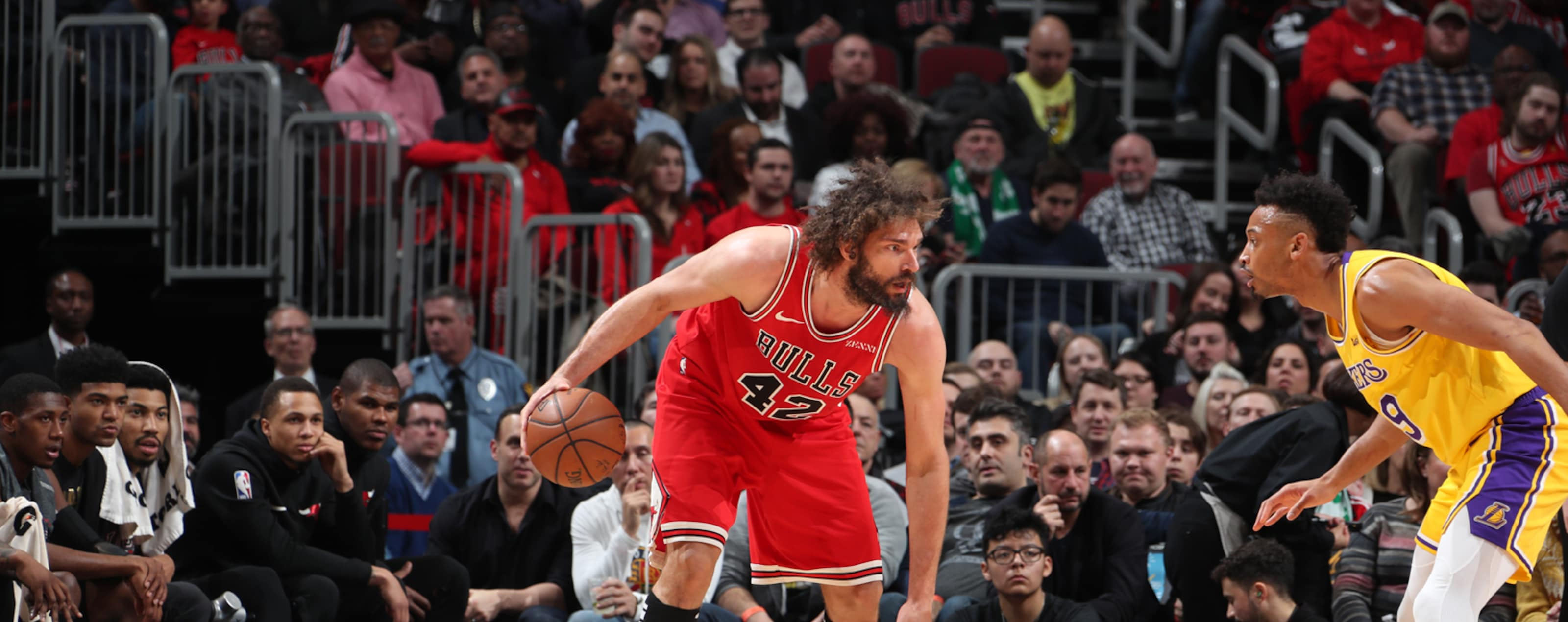Robin Lopez dribbles the ball against the Los Angeles Lakers.
