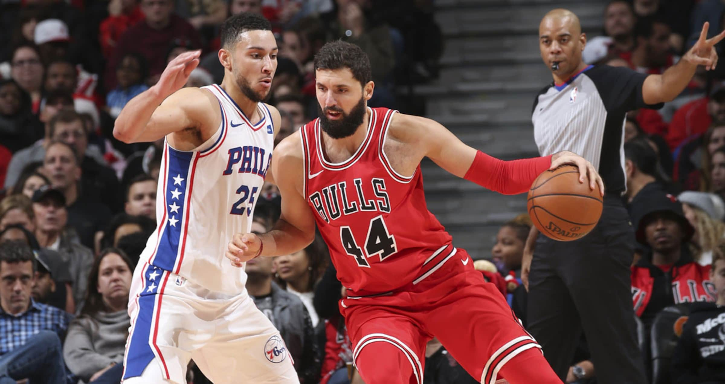 Nikola Mirotic of the Chicago Bulls posting up against Ben Simmons