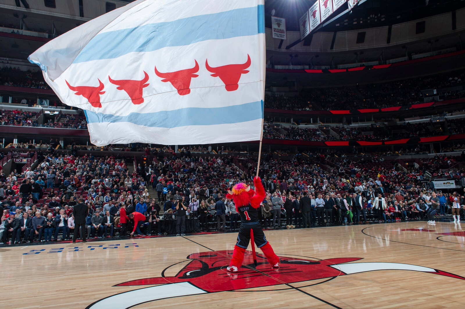 Benny flies the Chicago Flag