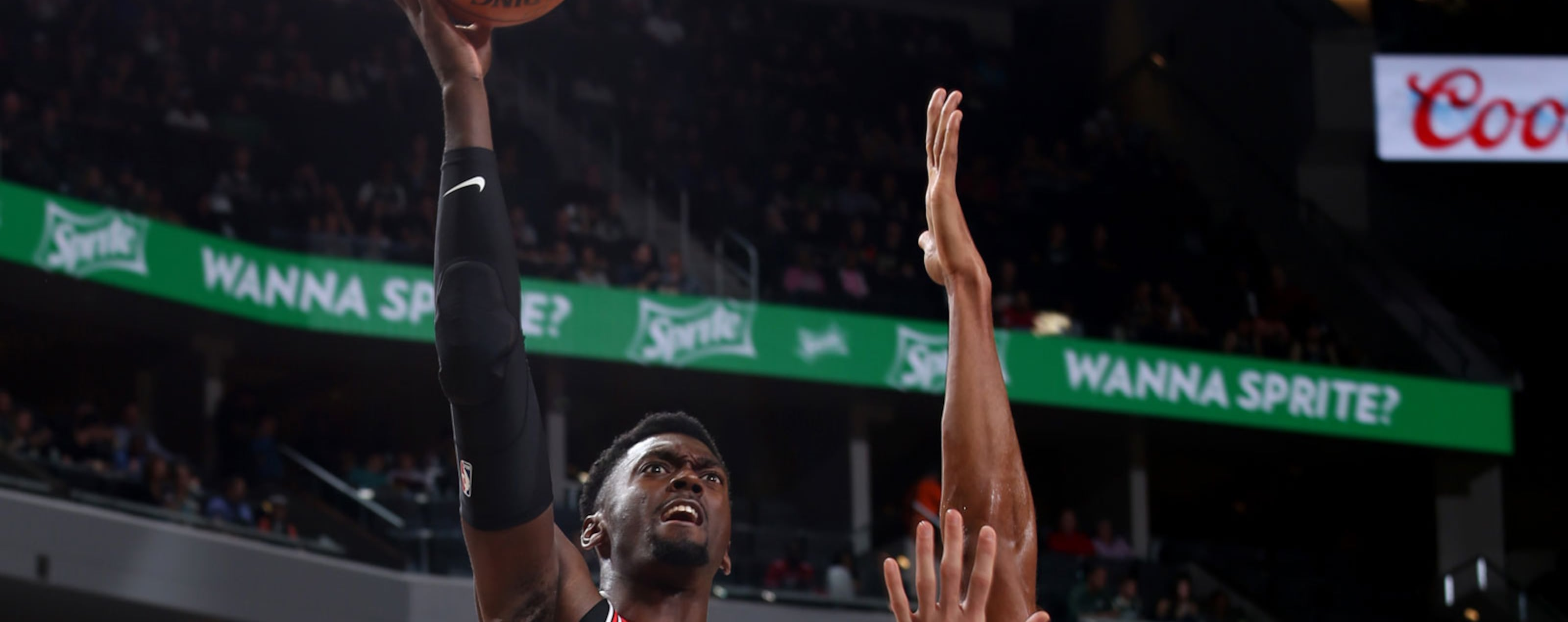Bobby Portis #5 of the Chicago Bulls drives to the basket against the Milwaukee Bucks during a pre-season game on October 3, 2018 at Fiserv Forum, in Milwaukee, Wisconsin.