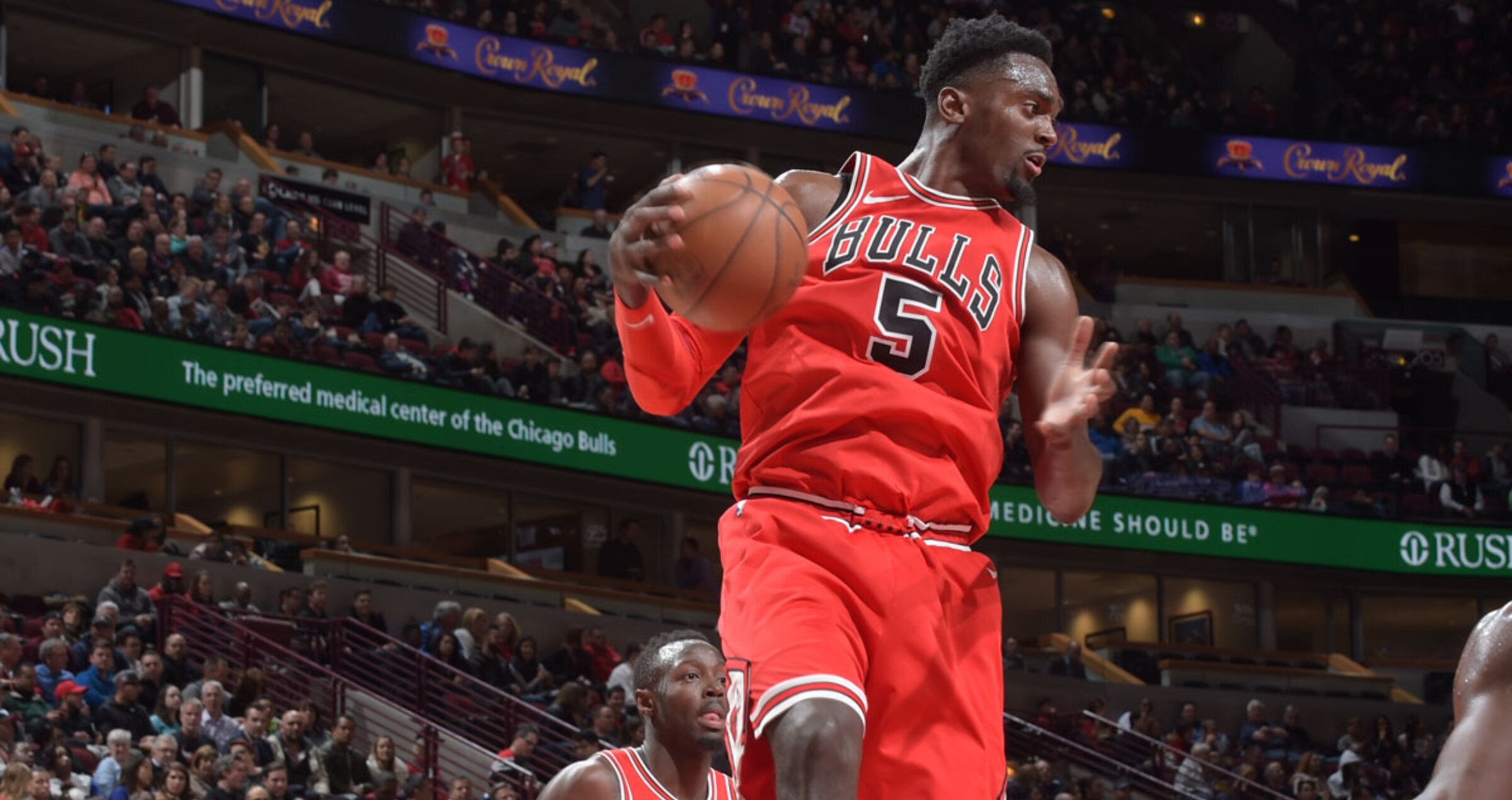 Portis rebounds the ball against the Denver Nuggets