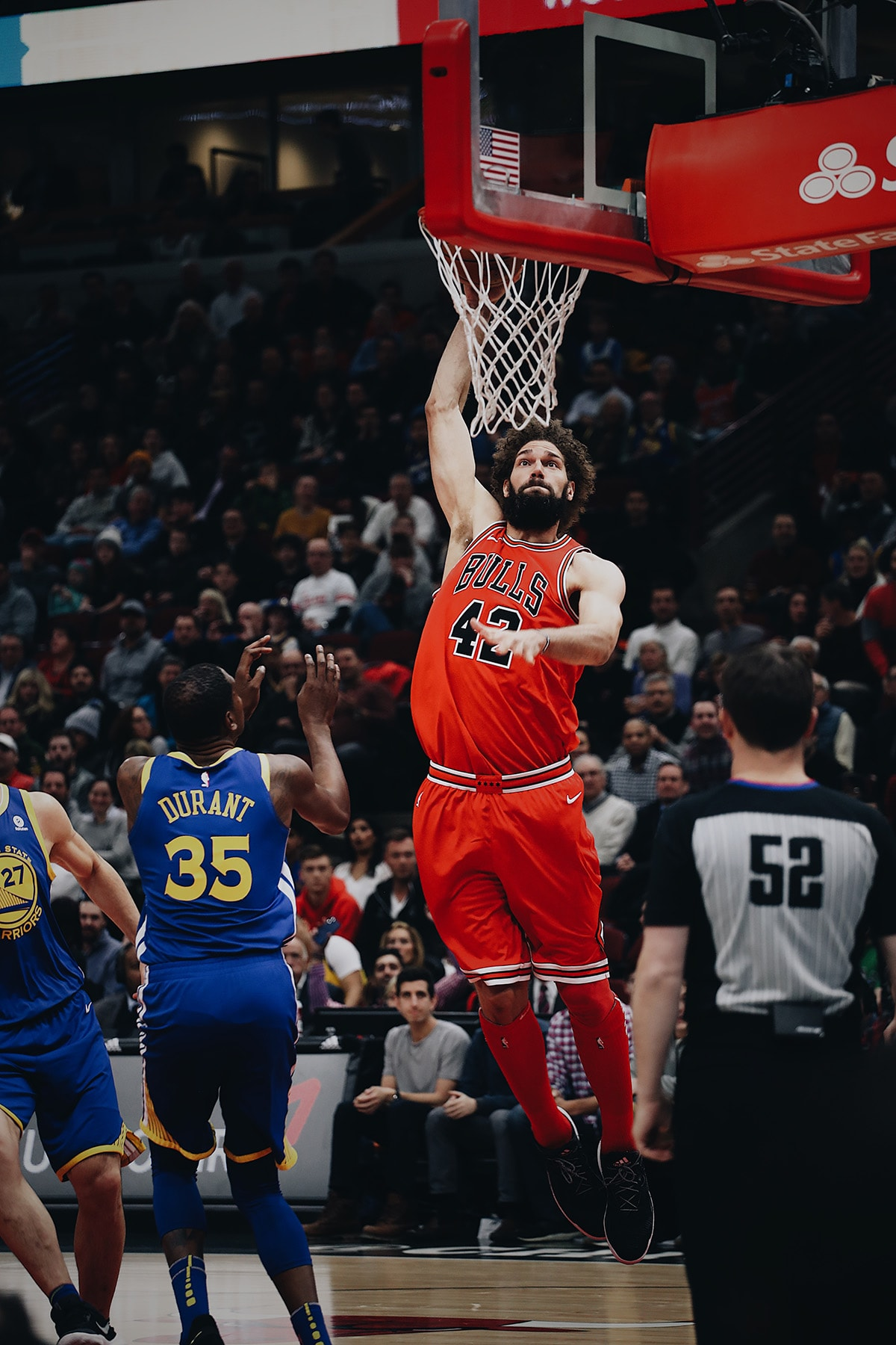Robin Lopez with a dunk vs the Golden State Warriors