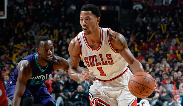 Bulls with Rose and Hinrich buzz the Hornets
