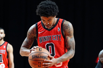 82cb9ab55 How is Tyler Ulis looking to make an impact for the Windy City Bulls