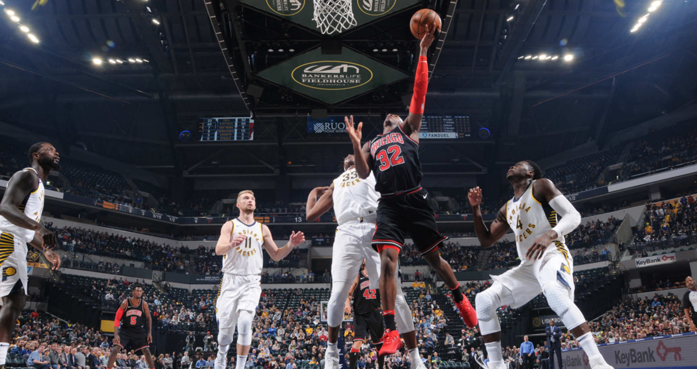 Kris Dunn lays up the ball against the Indiana Pacers
