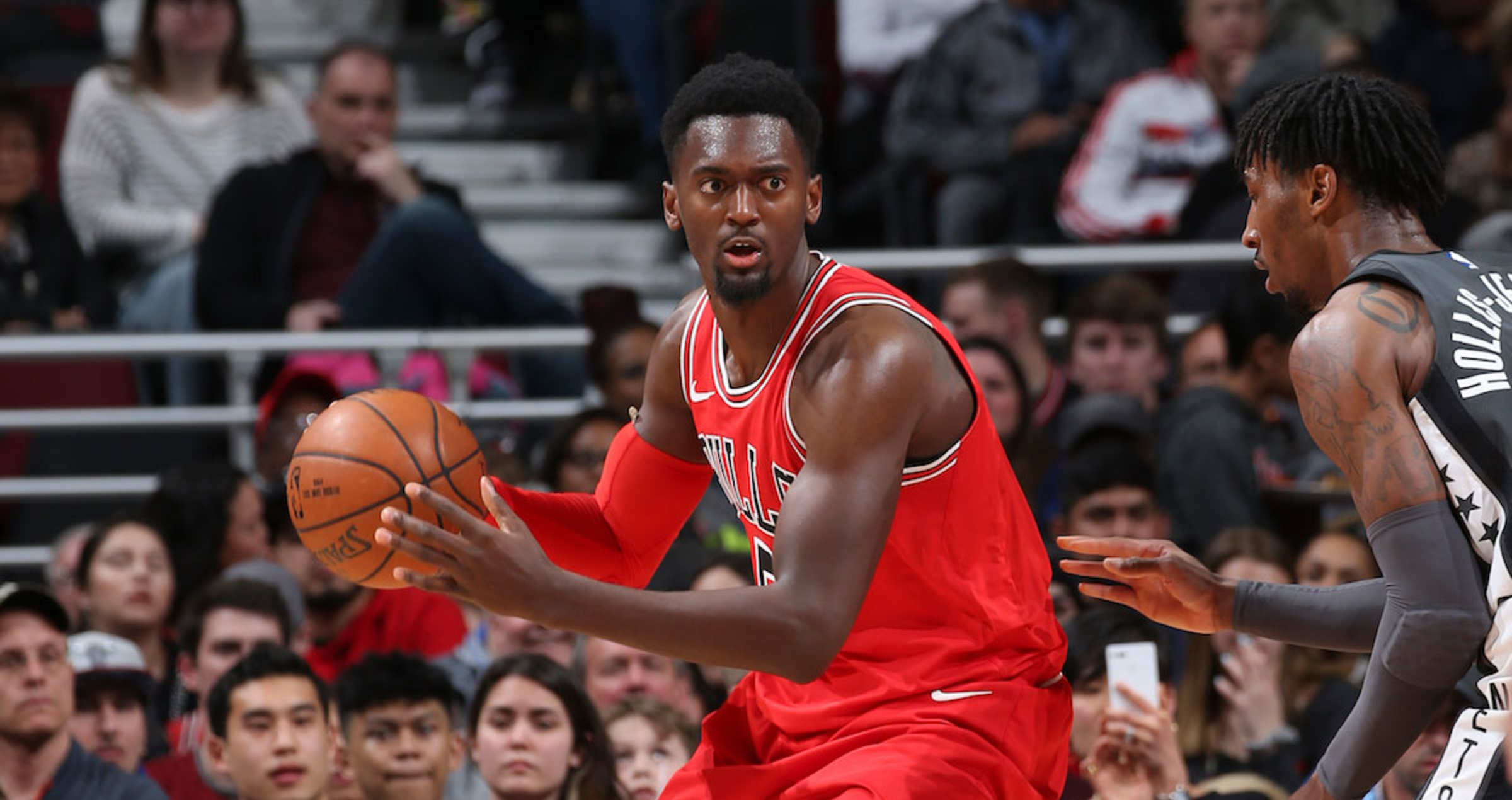 Bobby Portis #5 of the Chicago Bulls handles the ball against the Brooklyn Nets