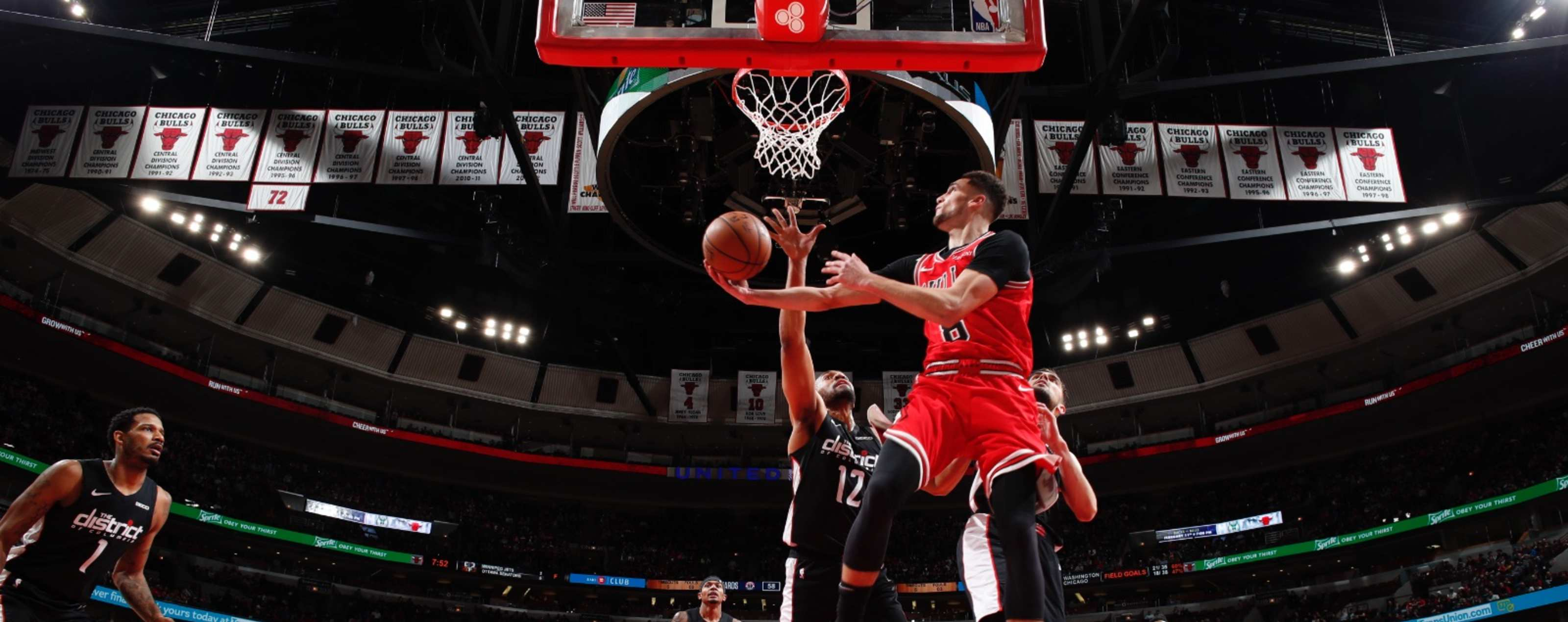 Zach LaVine goes up and under for the layup against the Washington Wizards
