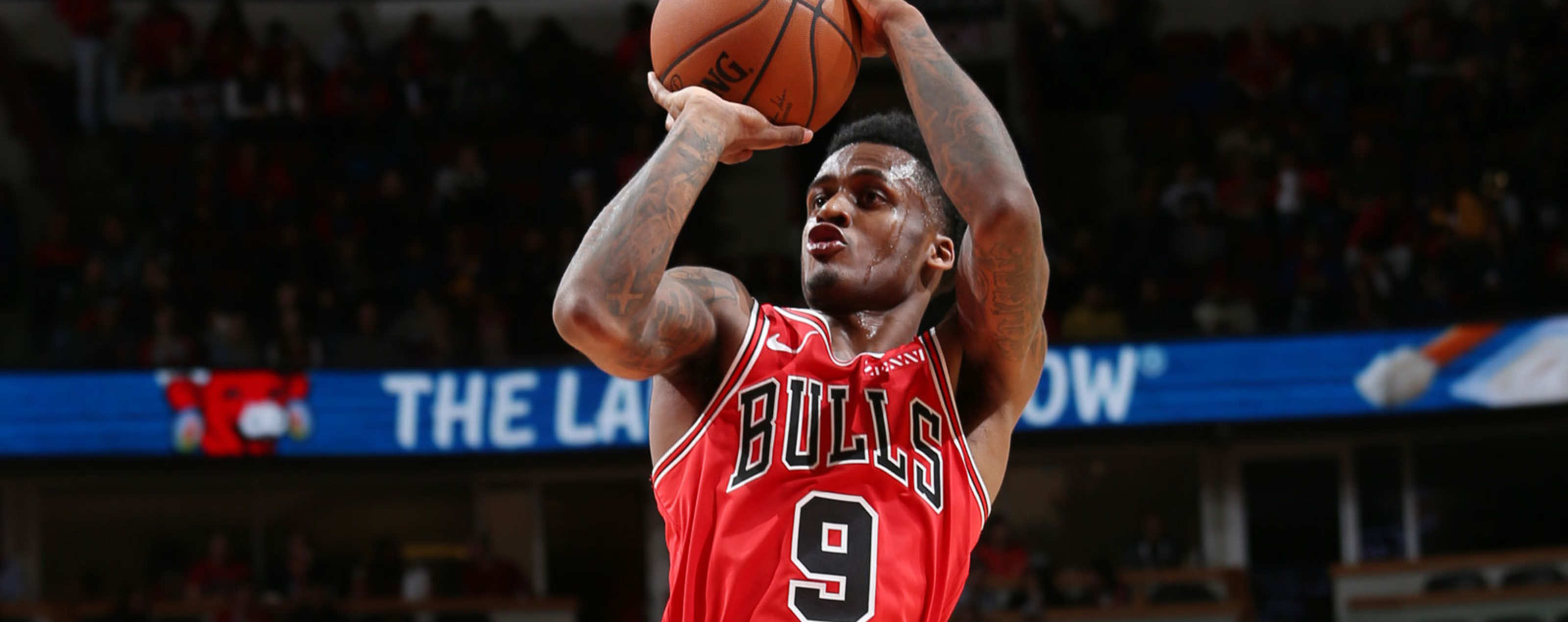 Antonio Blakeney #9 of the Chicago Bulls shoots the ball against the Toronto Raptors on November 17, 2018 at the United Center in Chicago, Illinois.