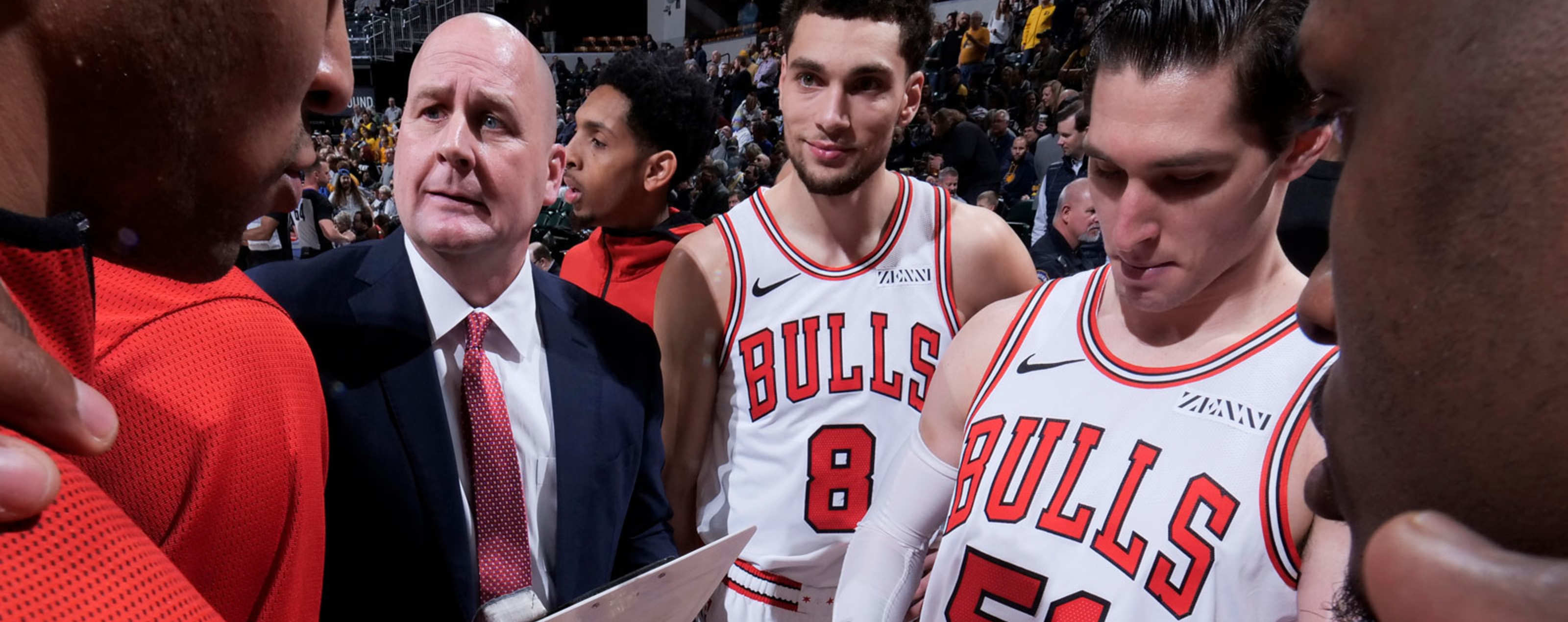 b03dfffc1f5f Jim Boylen and the Chicago Bulls in a huddle.