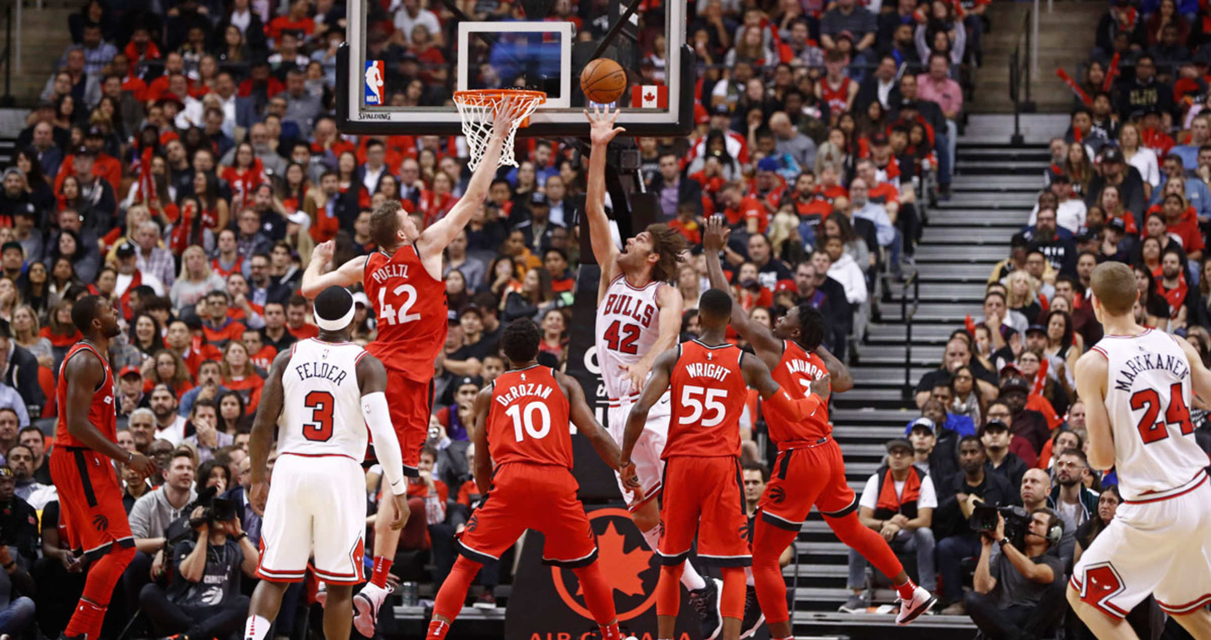 Robin Lopez #42 of the Chicago Bulls shoots the ball during the game against the Toronto Raptors on October 19, 2017 at the Air Canada Centre in Toronto, Ontario, Canada.