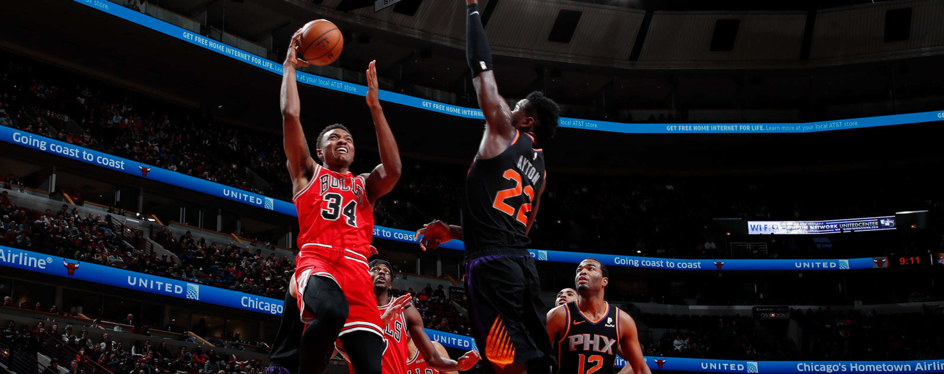 Wendell Carter Jr. #34 of the Chicago Bulls shoots the ball against the Phoenix Suns on November 21, 2018 at United Center in Chicago, Illinois.