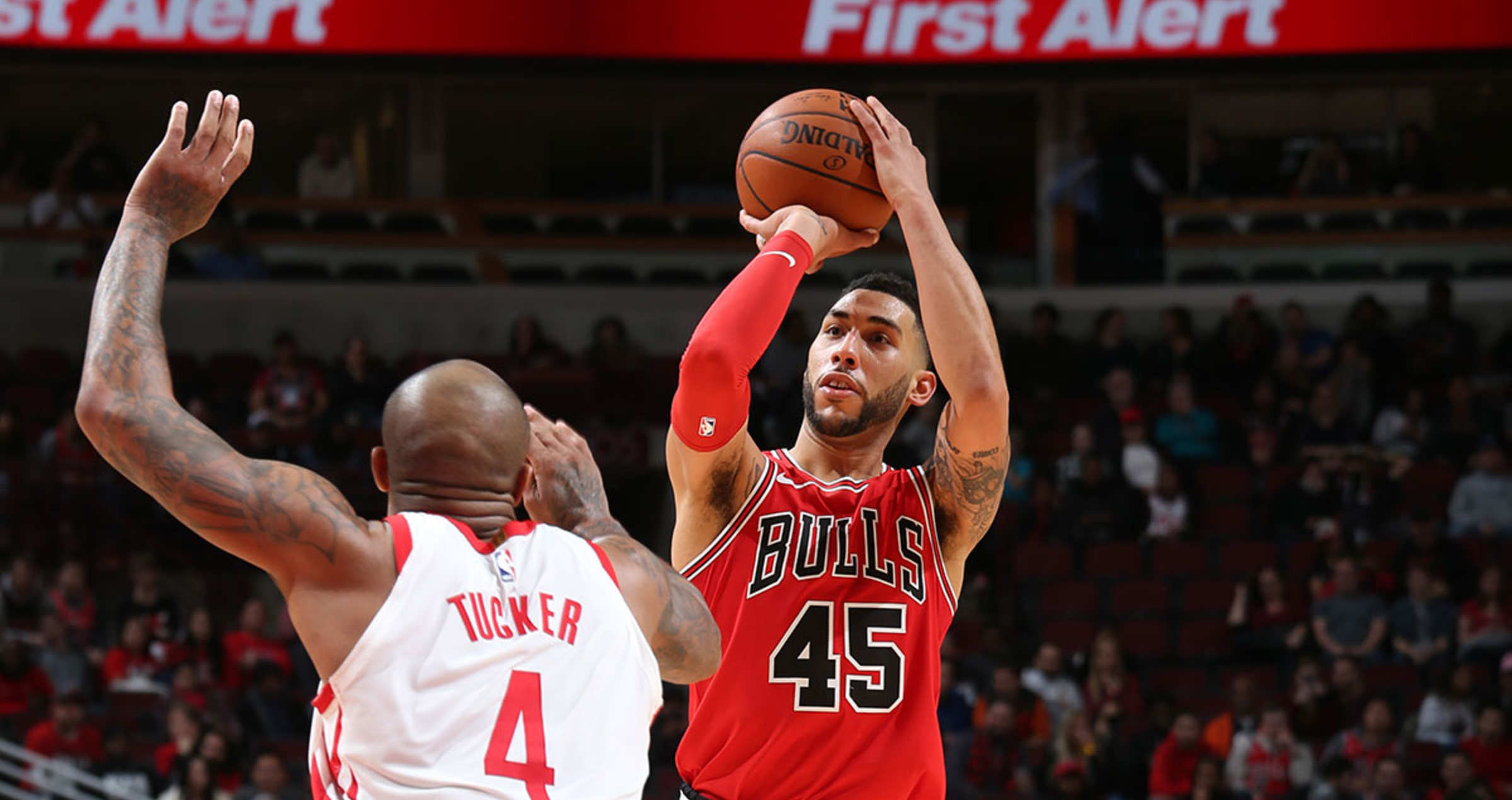 Denzel Valentine of the Chicago Bulls shoots the ball against the Houston Rockets