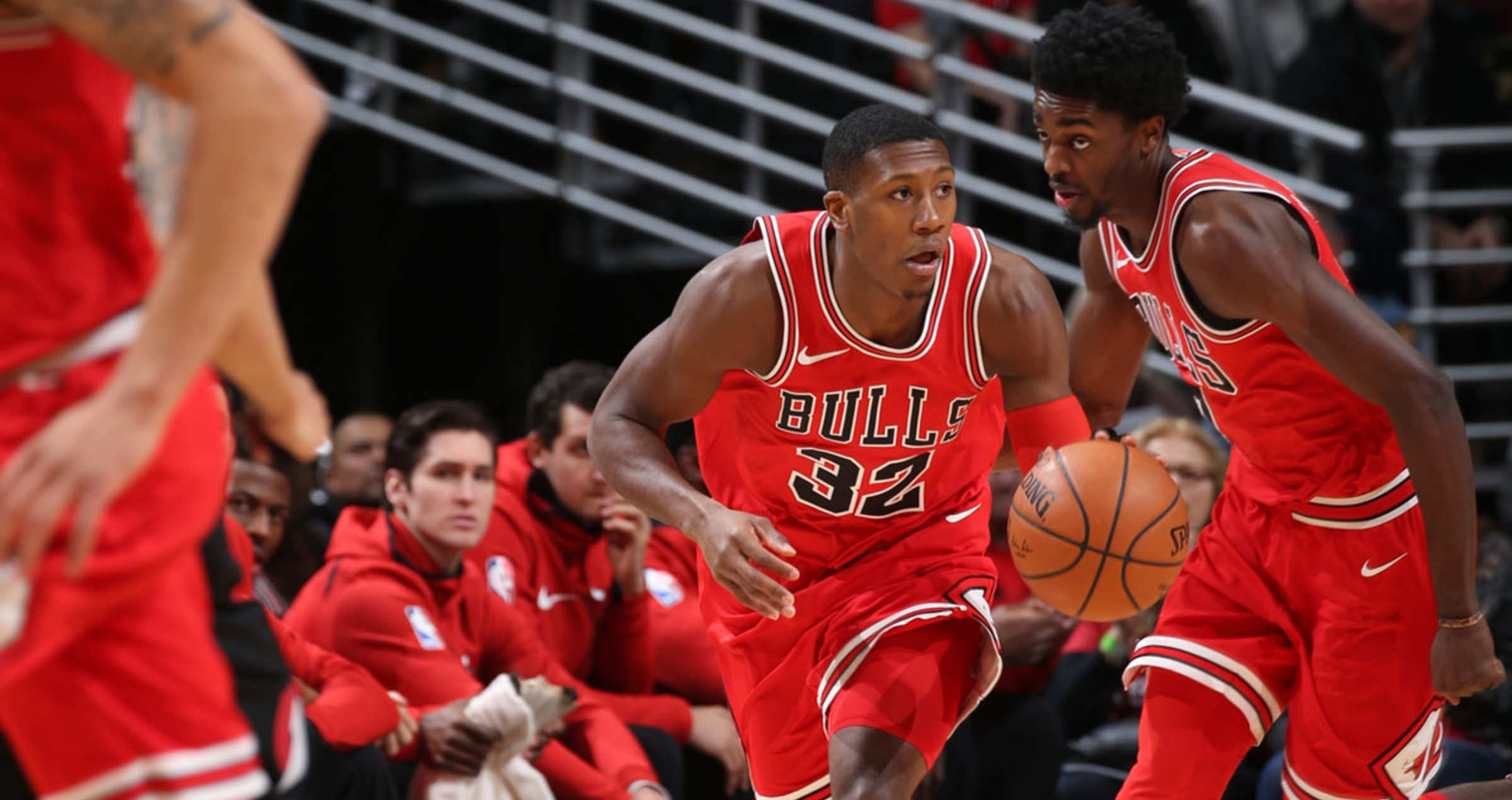 Kris Dunn bringing up the ball.