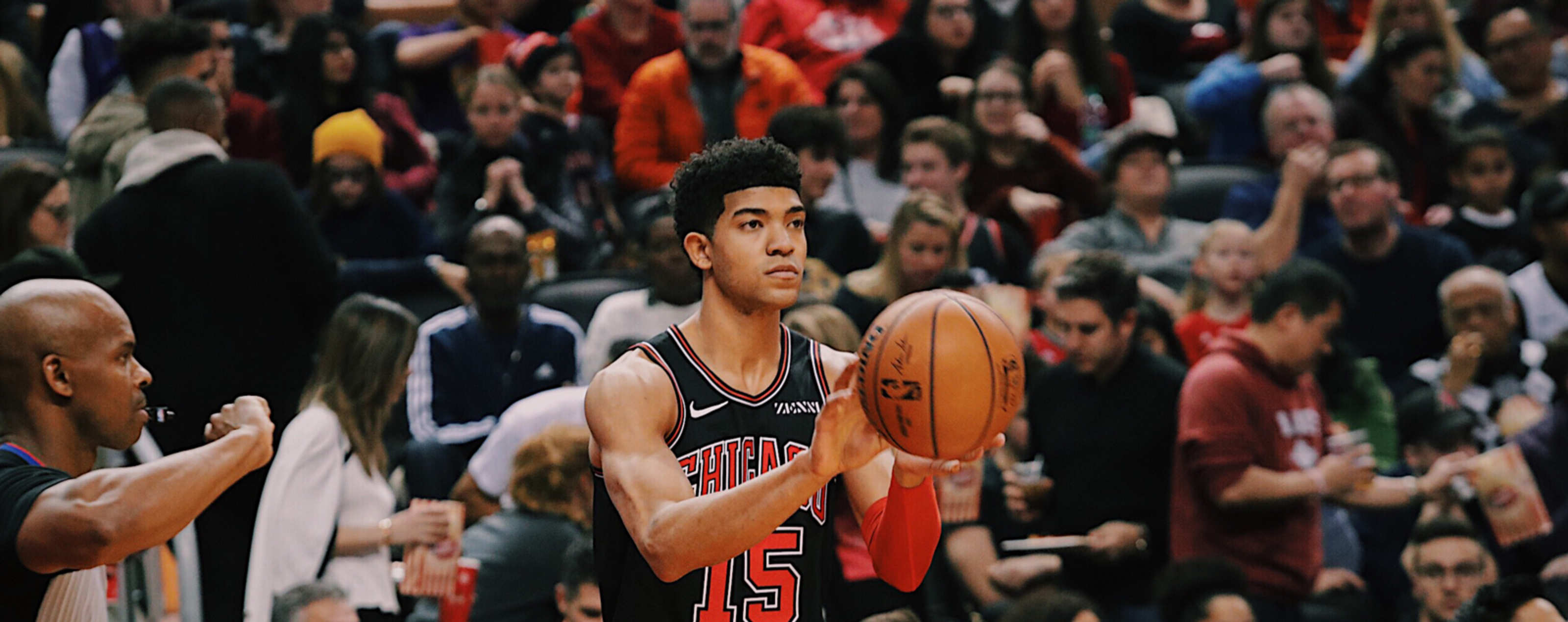 Chandler Hutchison passes the ball against the Toronto Raptors.