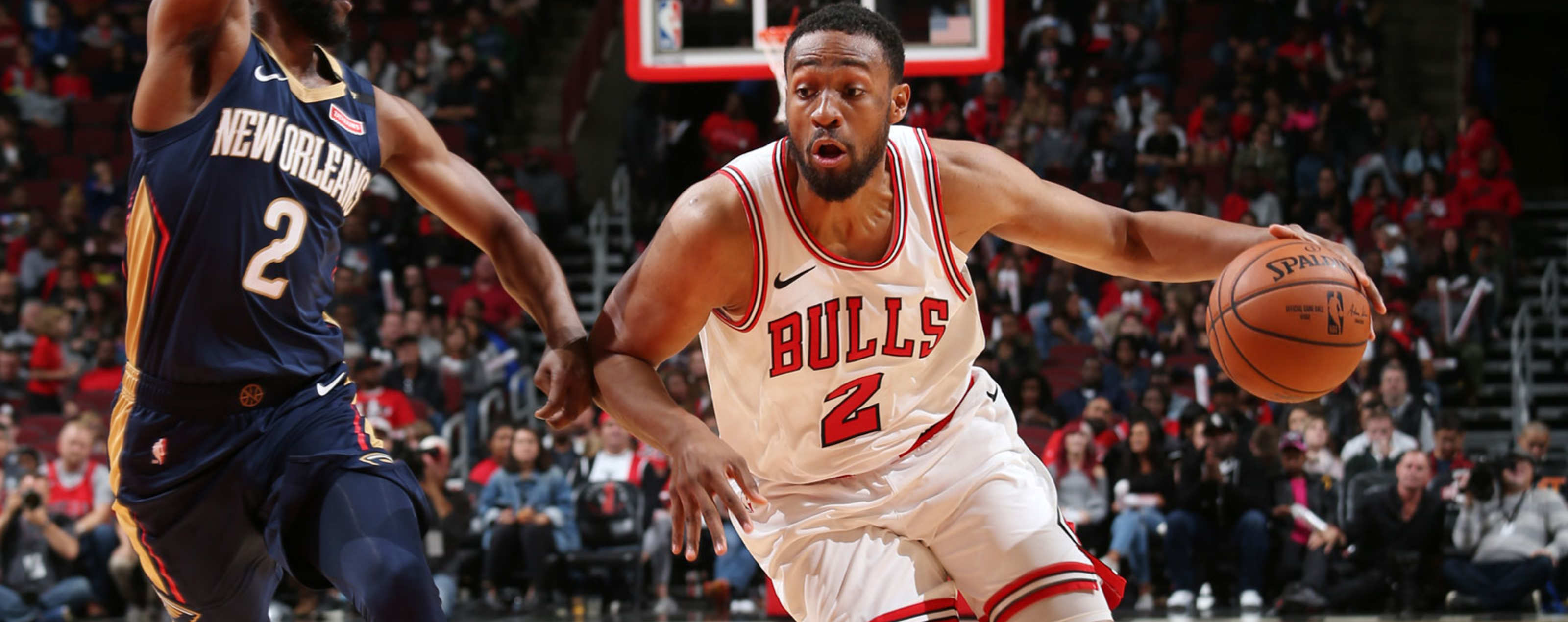 Jabari Parker #2 of the Chicago Bulls handles the ball against the New Orleans Pelicans during a pre-season game on September 30, 2018 at the United Center in Chicago, Illinois.