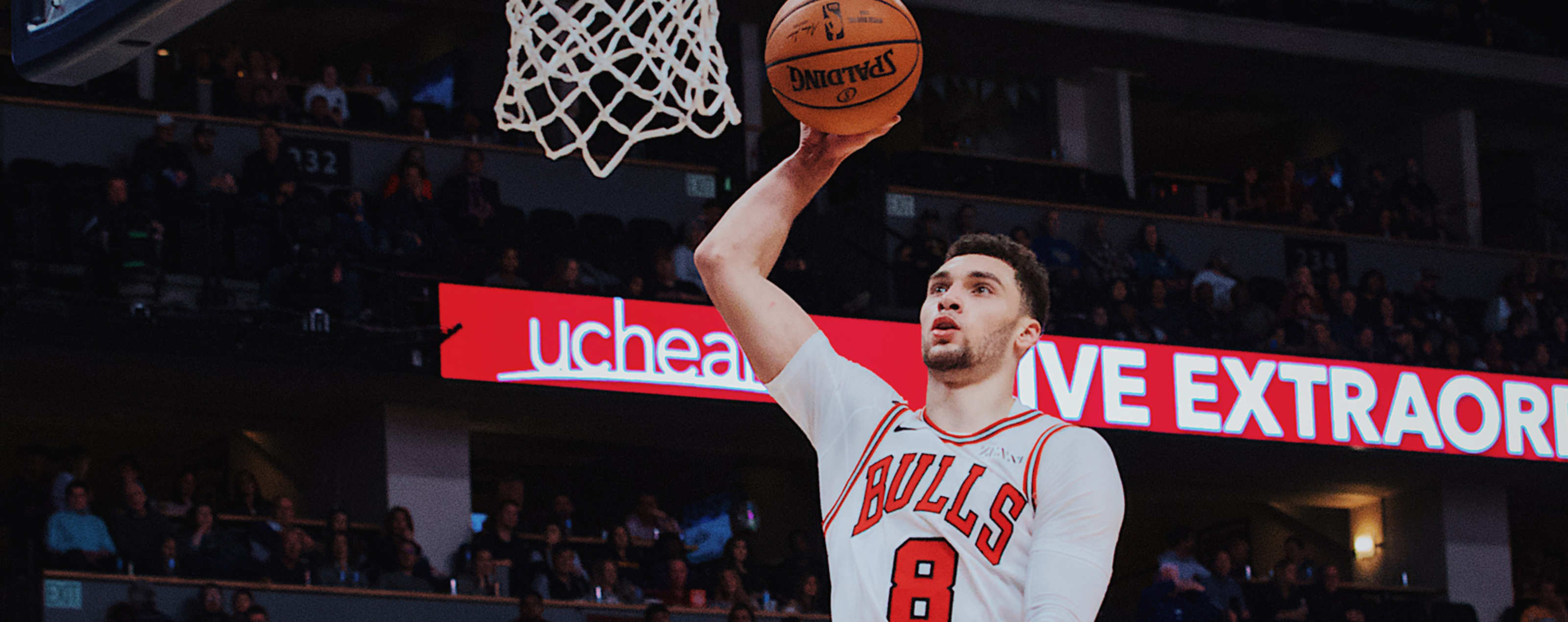 91b83f55623 Zach LaVine of the Chicago Bulls goes for the dunk against the Denver  Nuggets.