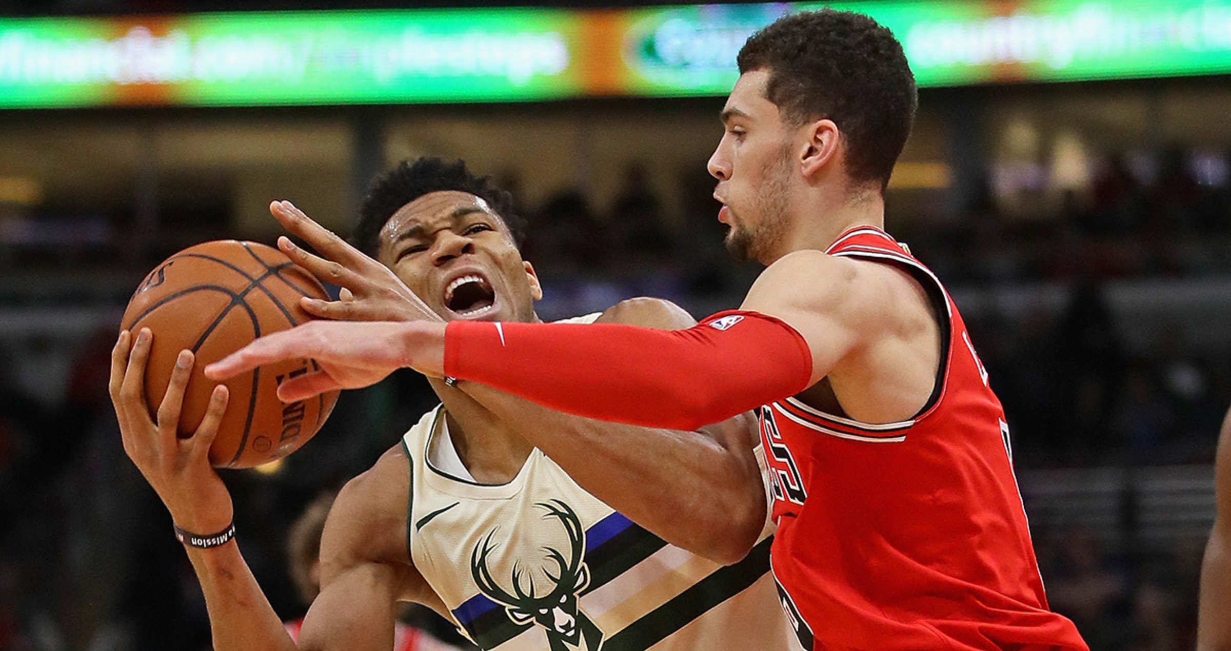 a0ba6e026a88 Bulls Fall to Bucks in Sunday Afternoon Matinee in Chicago
