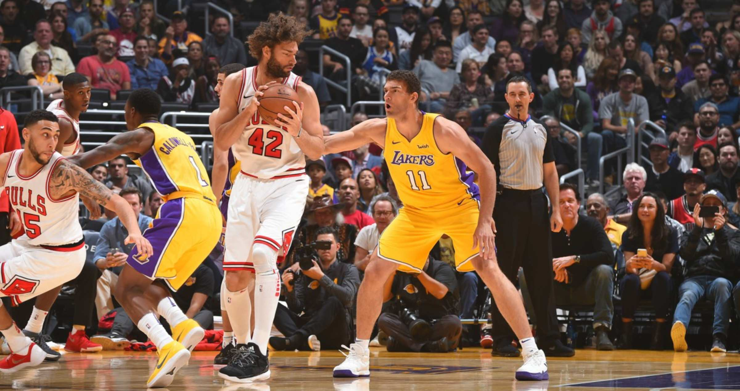 Robin Lopez goes up against his brother