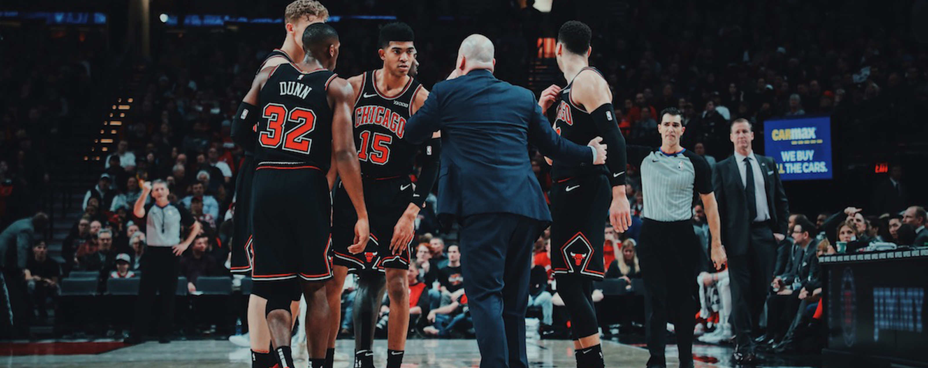Chicago Bulls huddle during a timeout.