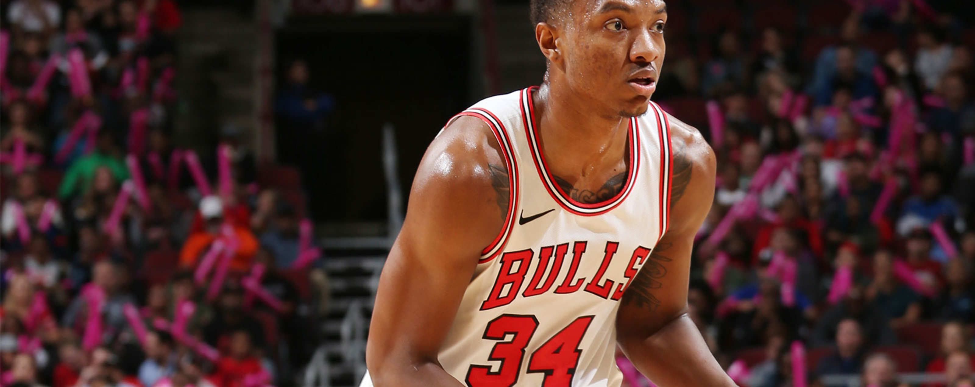 Wendell Carter Jr., #34 of the Chicago Bulls handles the ball against the Indiana Pacers during a pre-season game on October 10, 2018 at the United Center in Chicago, Illinois.