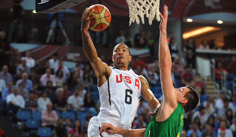 Derrick Rose in action for USA Basketball