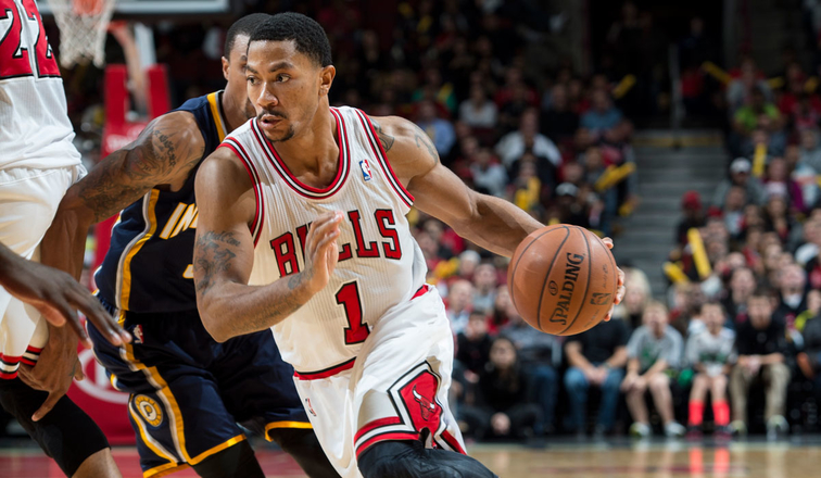 Derrick Rose drives against the Pacers