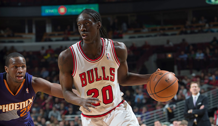 Tony Snell on the move against Phoenix