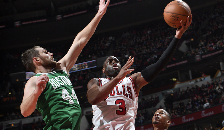 Wade scores 22 in Chicago debut, Bulls beat Celtics 105-99