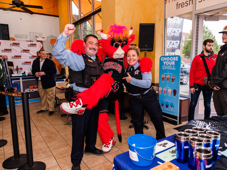 Chicago Bulls Support Dunkin' Cop on a Rooftop Fundraiser